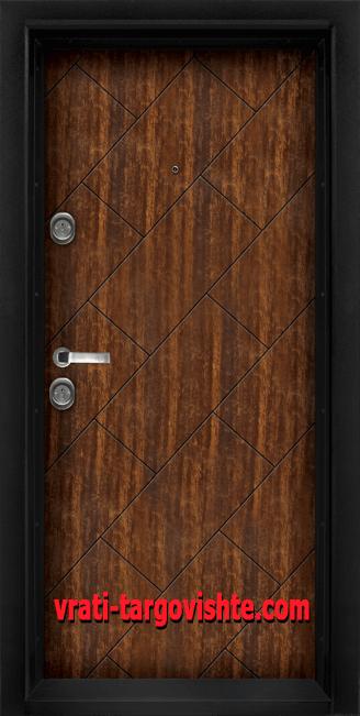 Блиндирана входна врата, модел Т-904